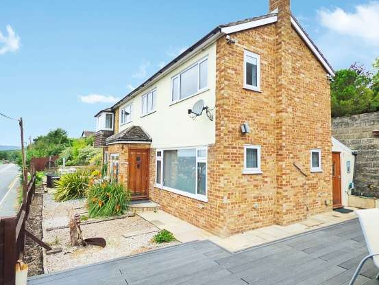 Detached House for sale in Rochester Road, Rochester, Kent, ME2 1AF