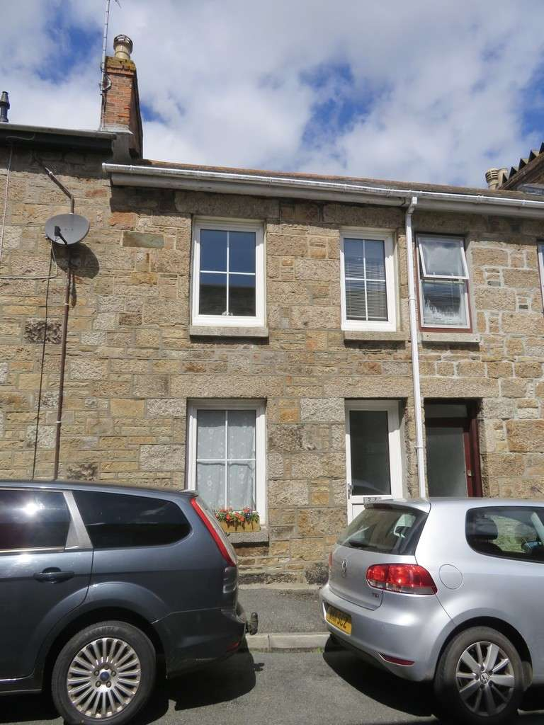 2 Bedrooms Terraced House for sale in Gwavas Street, Penzance