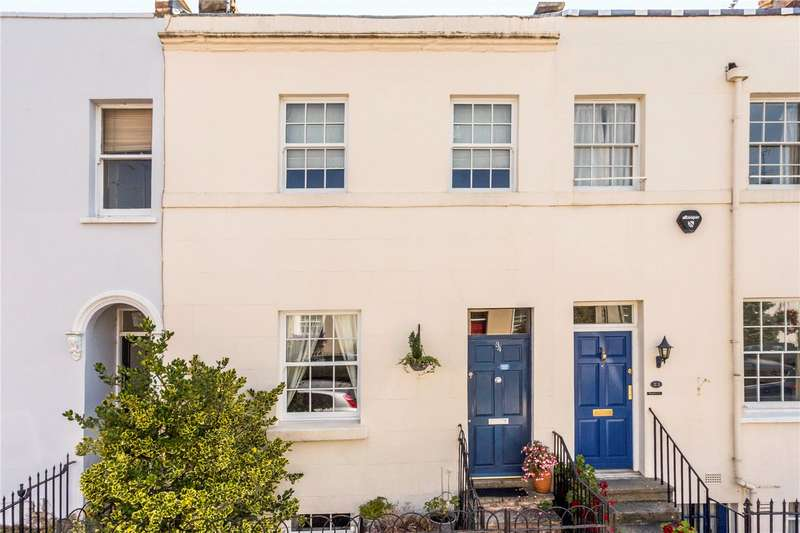 2 Bedrooms Terraced House for sale in Hatherley Street, Cheltenham, Gloucestershire, GL50