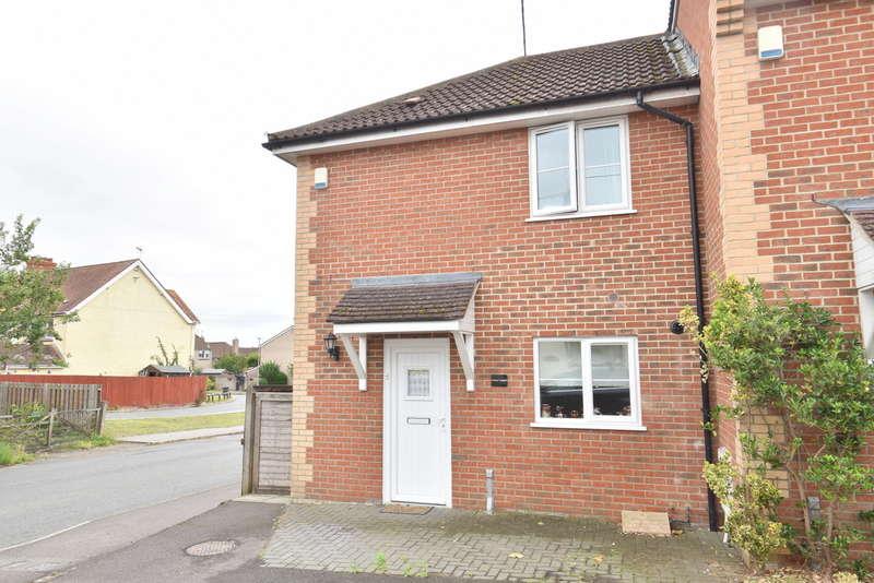 3 Bedrooms Semi Detached House for sale in Gillingham, Dorset SP8