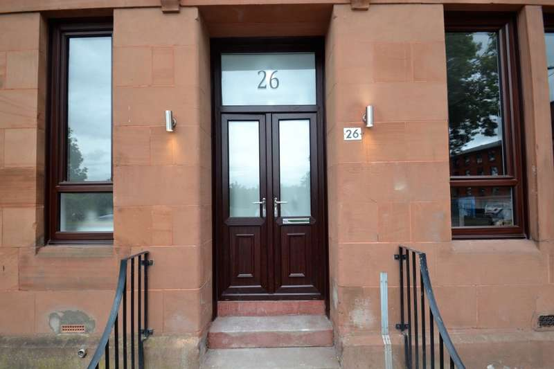 3 Bedrooms Flat for sale in Langside Road, Govanhill, G42