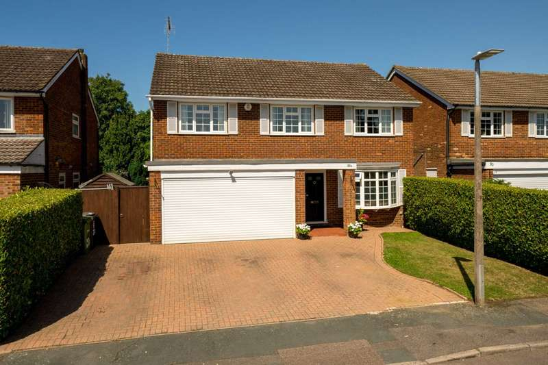 5 Bedrooms Detached House for sale in Kendale, Leverstock Green
