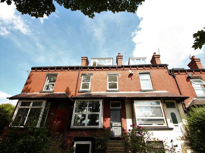 1 Bedroom House Share for rent in High Cliffe, Burley, Leeds