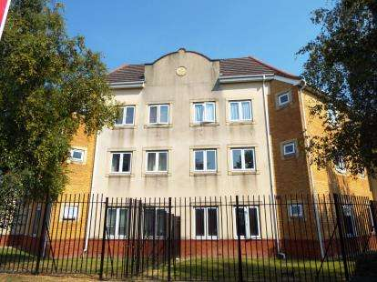 2 Bedrooms Flat for sale in Morgan Close, Luton, Bedfordshire