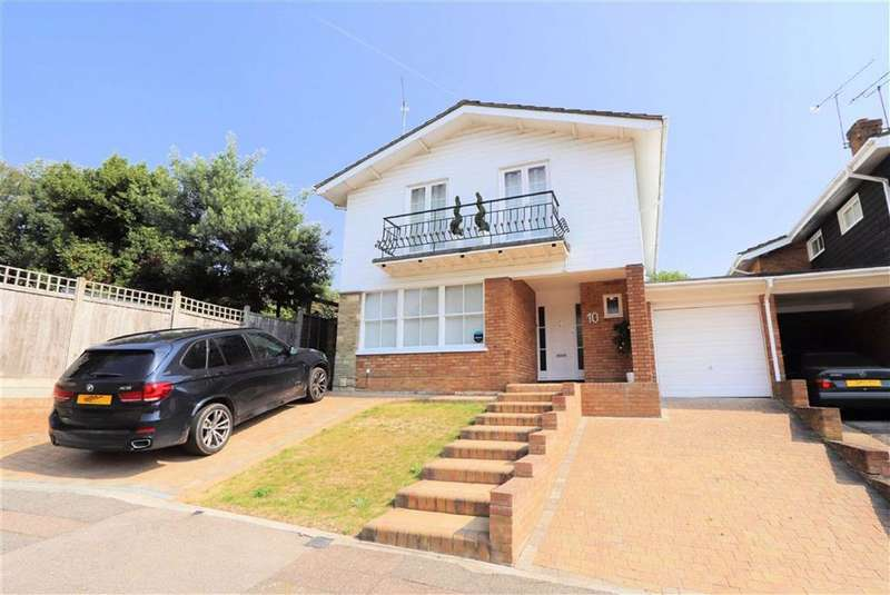 4 Bedrooms Detached House for sale in Ambleside, Epping