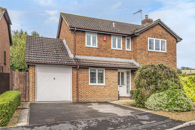 4 Bedrooms Detached House for sale in Kings Close, Kings Worthy, Winchester, Hampshire, SO23