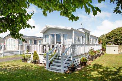 2 Bedrooms Mobile Home for sale in Chilling Lane, Warsash, Southampton