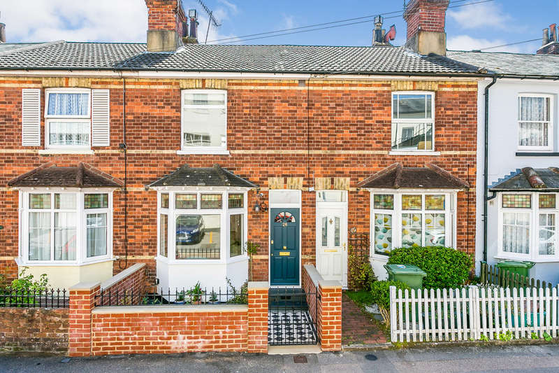 2 Bedrooms Terraced House for sale in Newton Road, Tunbridge Wells