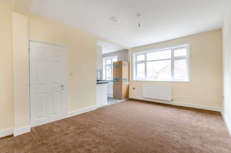 2 Bedrooms Flat for rent in Harrow View, Harrow, HA1