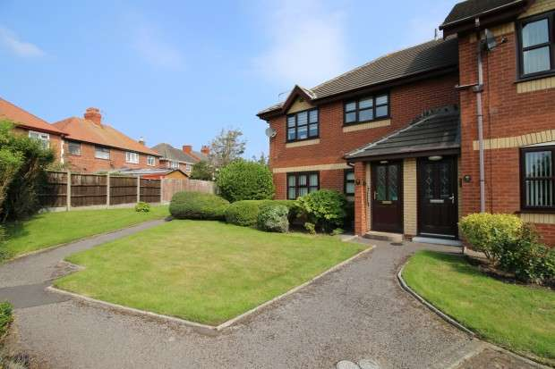 2 Bedrooms Apartment Flat for sale in Denebank, All Hallows Road, , FY2