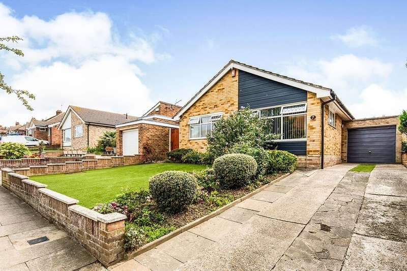 2 Bedrooms Detached Bungalow for sale in Hawes Avenue, Ramsgate, CT11
