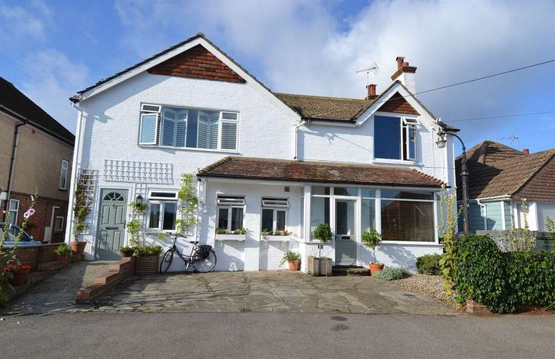 5 Bedrooms Detached House for sale in Bridgefield Road, Tankerton, Whitstable