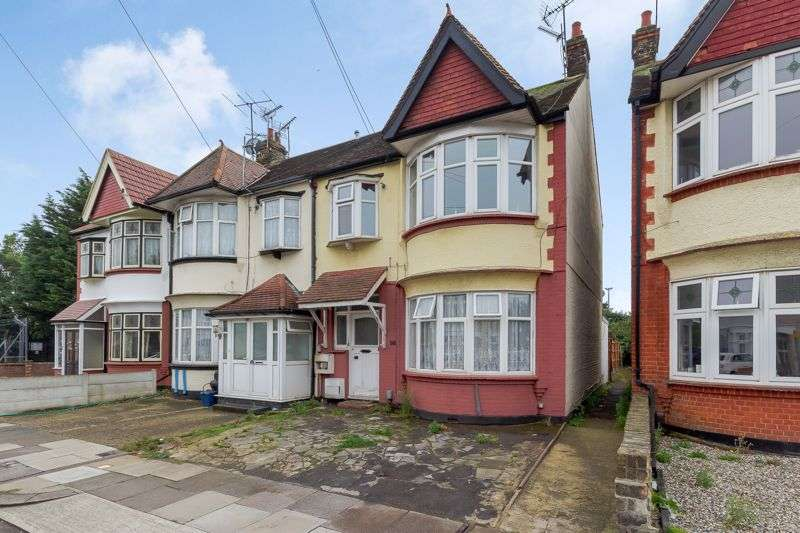 2 Bedrooms Property for sale in Tickfield Avenue, Southend-On-Sea, SS2