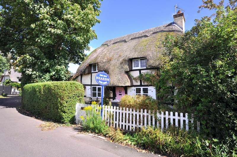 2 Bedrooms Cottage House for sale in Coxstone Lane, Ringwood, BH24 1DS