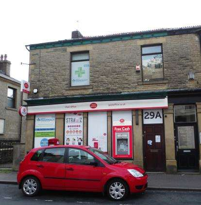 2 Bedrooms Flat for sale in Burnley Road East, Waterfoot, Rossendale, Lancashire, BB4