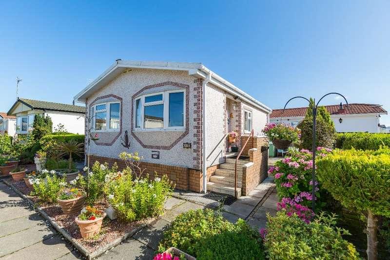 1 Bedroom Park Home Mobile Home for sale in Meadow Field, Burlingham Park, Garstang, PR3 1PJ