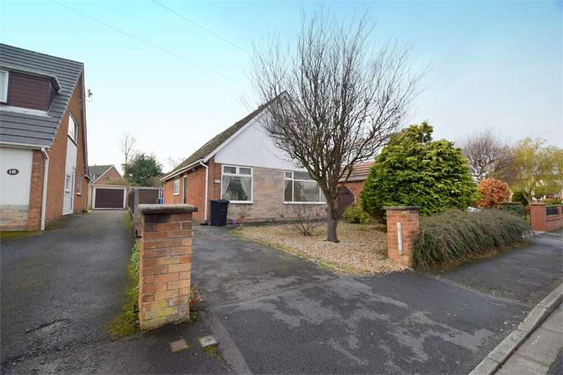 3 Bedrooms Detached Bungalow for sale in 16 Tewkesbury Drive, Lytham St Annes, FY8 4LN