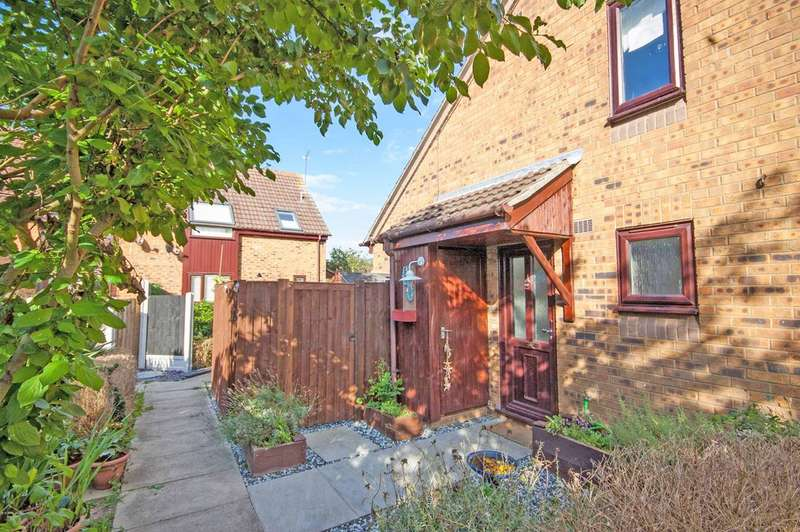 1 Bedroom End Of Terrace House for sale in Rubens Gate, Springfield, Chelmsford, CM1