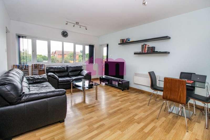 2 Bedrooms Flat for sale in Welling Road, Orsett