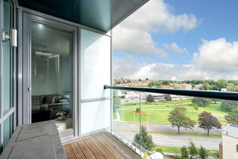 2 Bedrooms Apartment Flat for sale in Kd Tower, Cotterells, Hemel Hempstead