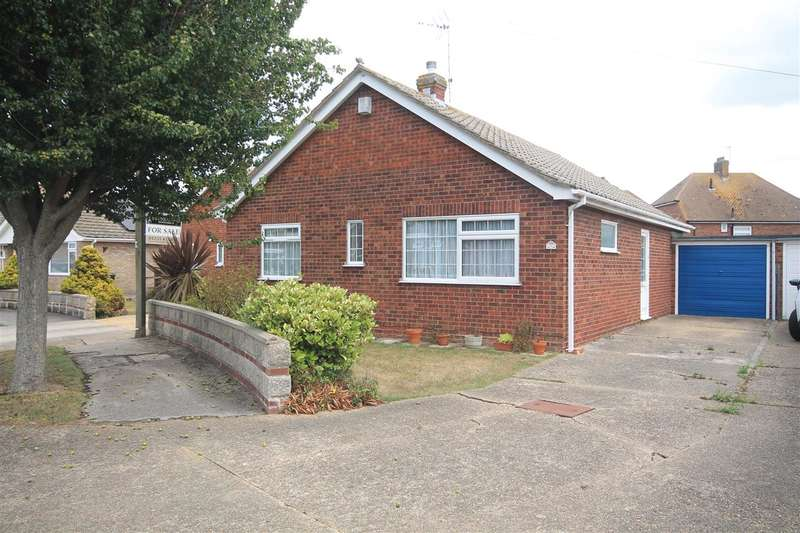 2 Bedrooms Bungalow for sale in Johnston Close, Holland on Sea