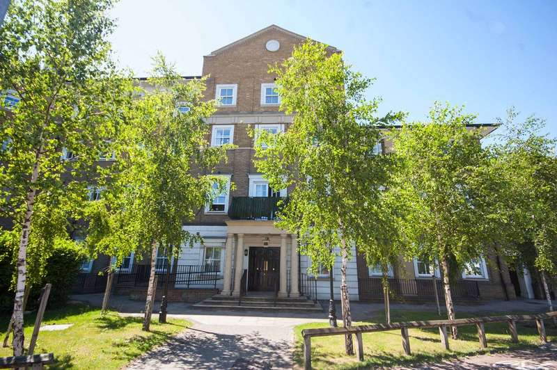 1 Bedroom Apartment Flat for sale in Lyttleton House, Broomfield Road, City Centre, Chelmsford, CM1