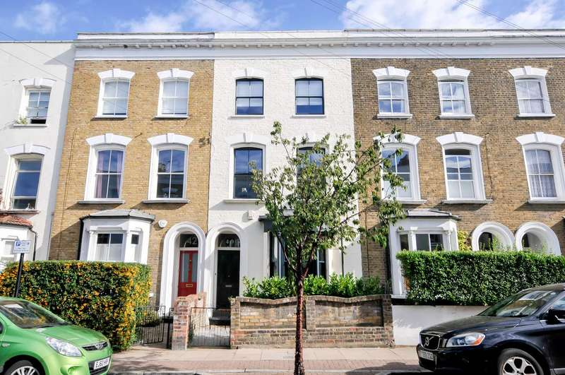4 Bedrooms Terraced House for sale in Walford Road, London