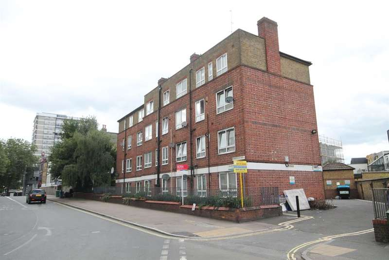 3 Bedrooms Flat for rent in Rotherhithe New Road, London, SE16 2AB