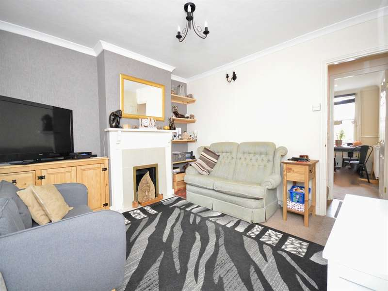2 Bedrooms House for sale in Rifle Hill, Braintree, CM7