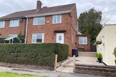 3 Bedrooms Semi Detached House for rent in Hawthorn Avenue, Maltby, S66.