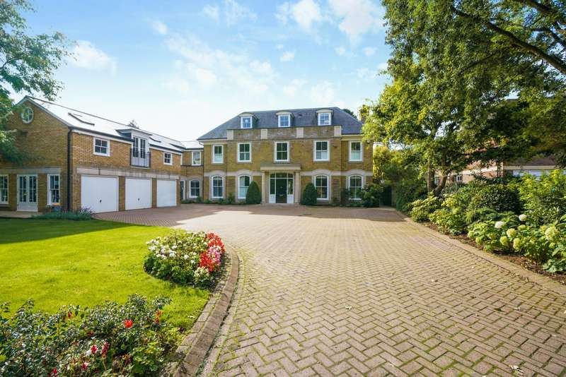6 Bedrooms Detached House for rent in Broadwater Road South, Burwood Park, Walton-On-Thames, KT12