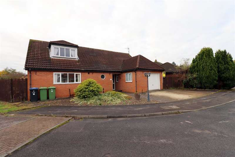4 Bedrooms Bungalow for sale in Windsor Court, Shildon, DL4 1PP