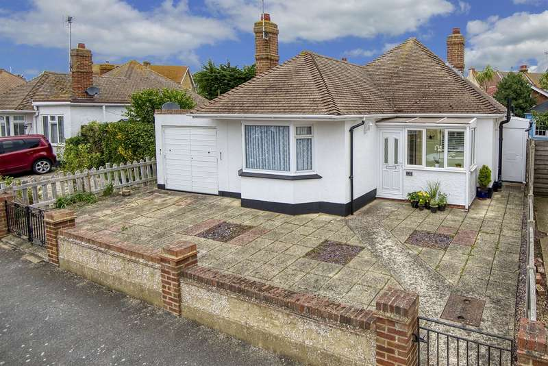 2 Bedrooms Detached Bungalow for sale in Grand Drive, Herne Bay