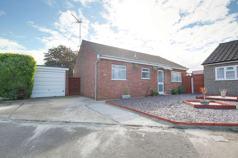 2 Bedrooms Detached Bungalow for sale in Blyford Road, Clacton-On-Sea