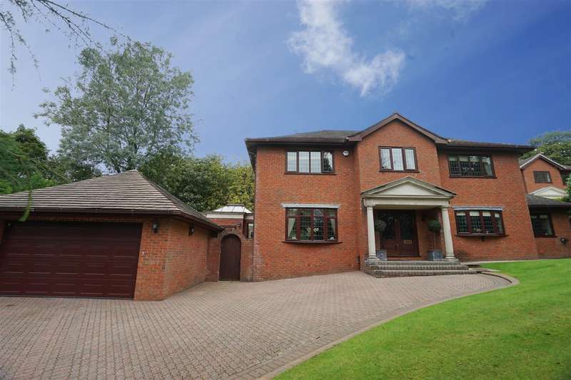 4 Bedrooms Detached House for sale in Princess Road, Lostock, Bolton