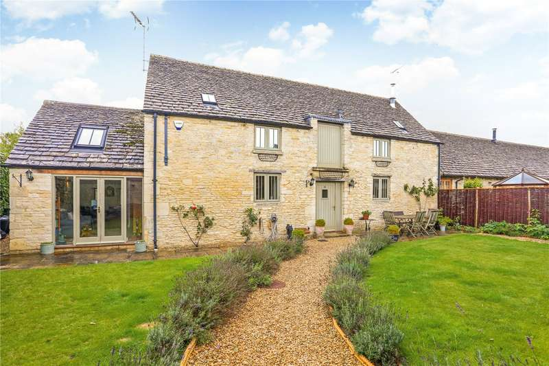 3 Bedrooms Mews House for sale in Clayfurlong Barns, Kemble, Cirencester, Gloucestershire, GL7