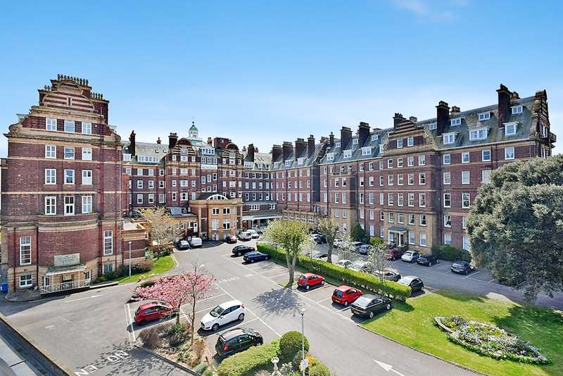 4 Bedrooms Maisonette Flat for sale in Metropole Court, Folkestone , Kent