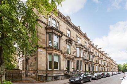 2 Bedrooms Flat for sale in Belhaven Terrace, Dowanhill