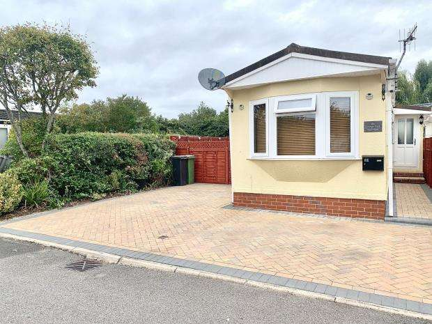 1 Bedroom Mobile Home for sale in Grange Park Mobile Homes, Shamblehurst Lane South, Hedge End