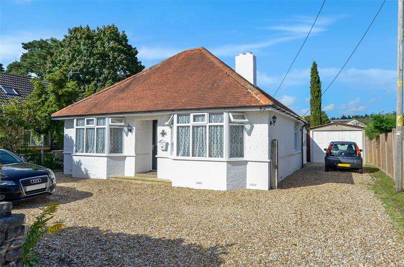 4 Bedrooms Bungalow for sale in Firs Glen Road, West Moors, Ferndown, Dorset, BH22