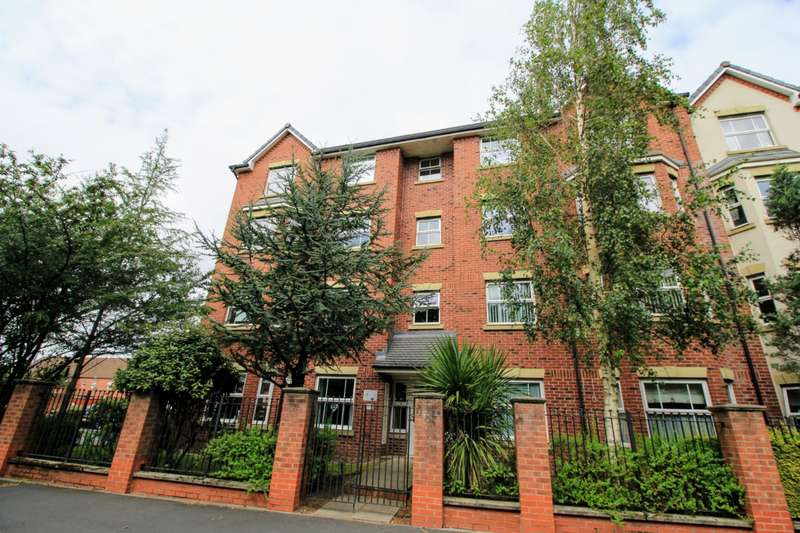2 Bedrooms Apartment Flat for sale in Great Park Drive, Leyland, PR25