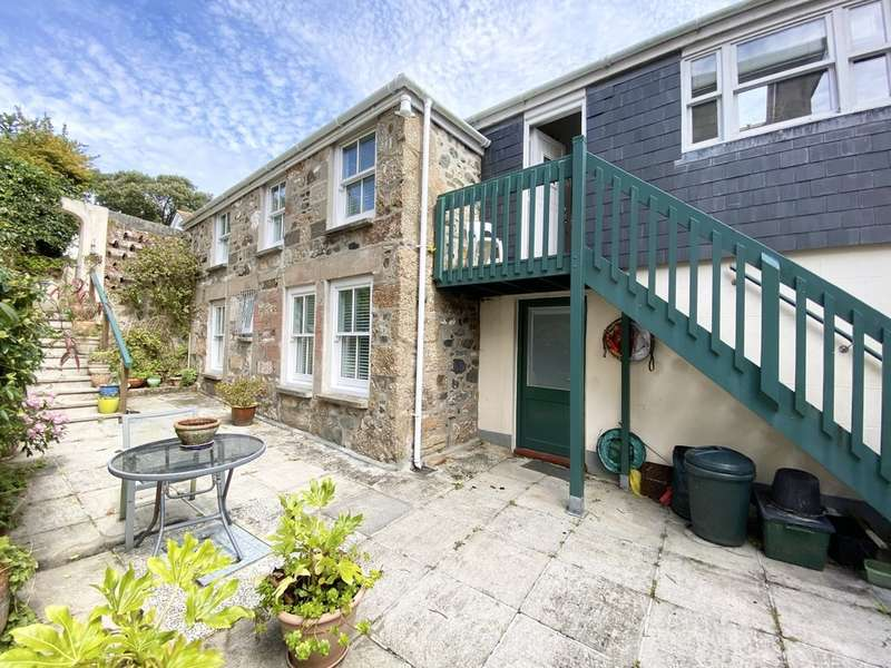 2 Bedrooms Detached House for sale in Redinnick, Penzance