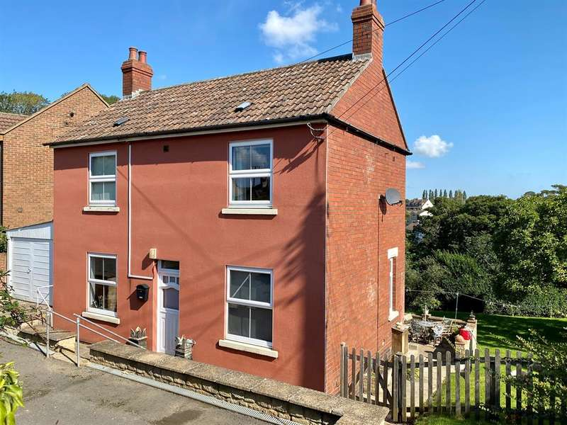 3 Bedrooms Detached House for sale in Taits Hill Road, Stinchcombe, Dursley, GL11 6PR