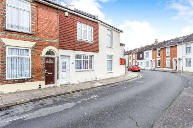 2 Bedrooms Terraced House for sale in Cuthbert Road, Portsmouth, Hampshire