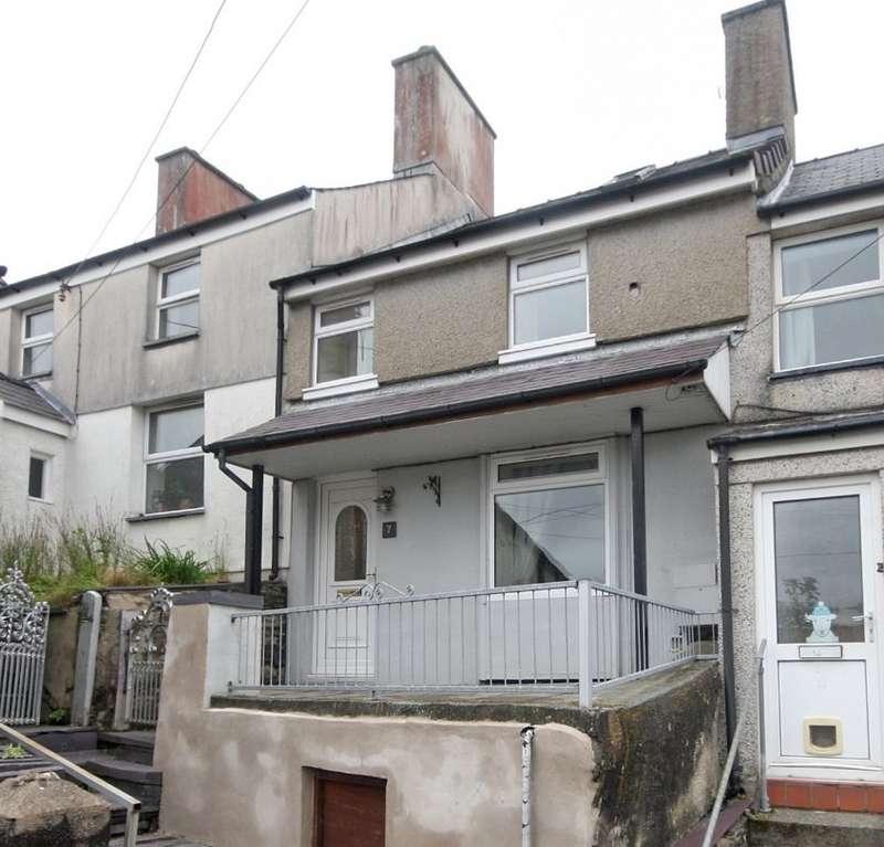 2 Bedrooms Terraced House for sale in Tabernacle Terrace, Bethesda, Bangor, Gwynedd, LL57