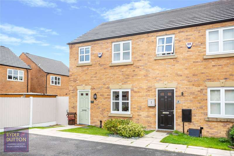 3 Bedrooms End Of Terrace House for sale in Larchfield Close, Royton, Oldham, Greater Manchester, OL2