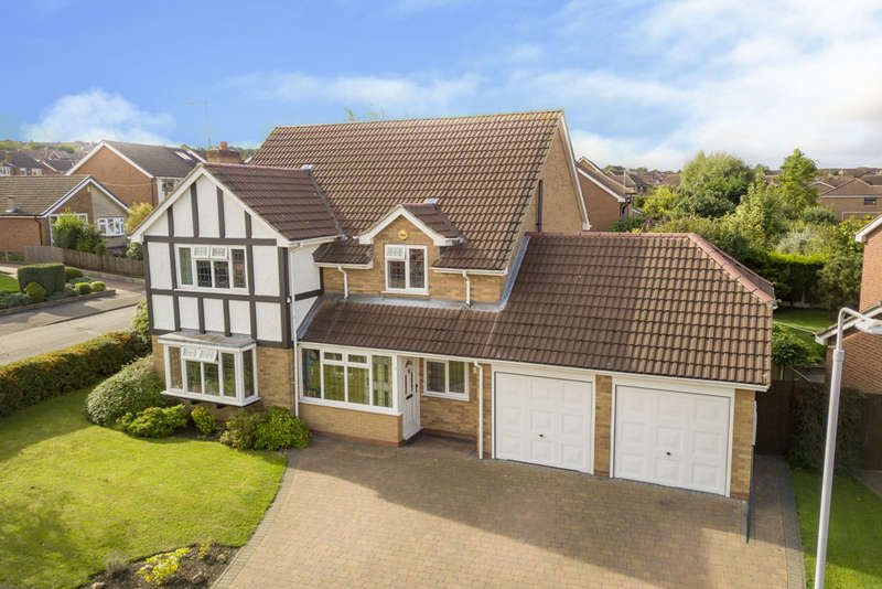 5 Bedrooms Detached House for sale in Worwood Drive, West Bridgford, NG2 7LY