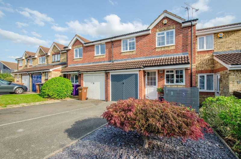 3 Bedrooms House for sale in Peppercorn Walk, Hitchin, Hertfordshire, SG4