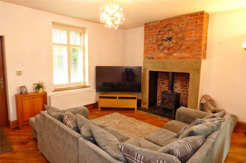 2 Bedrooms End Of Terrace House for sale in Sudden Street, Sudden, Rochdale, Greater Manchester, OL11