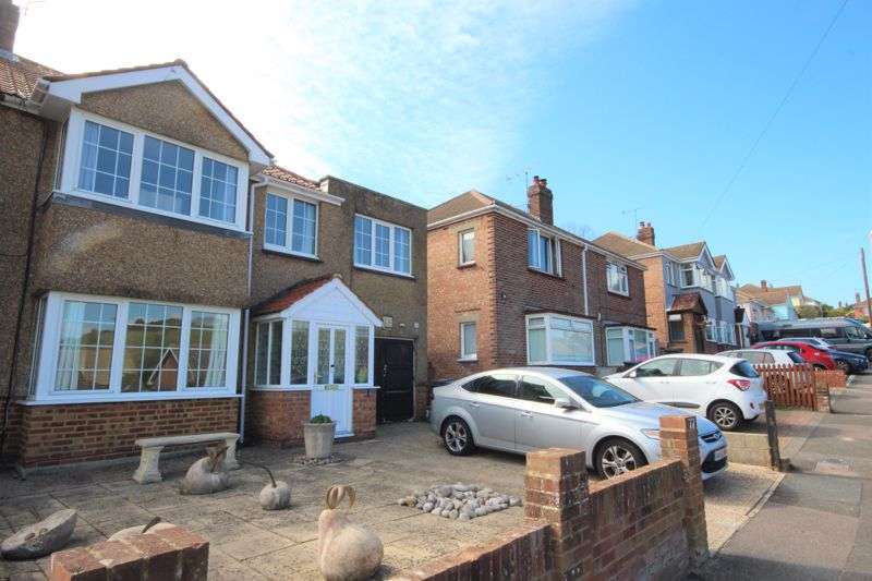 4 Bedrooms Property for sale in Eaves Road, Dover